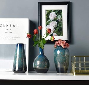 Vase trio
