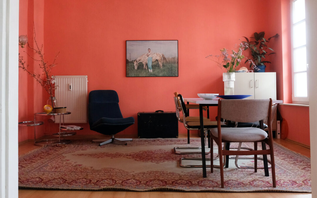 How to Use Bright Colors at Home