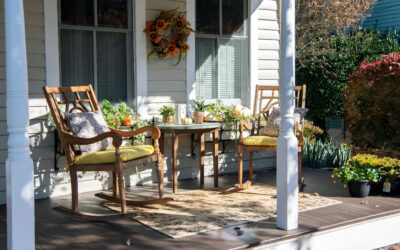 Small Porch Décor Ideas